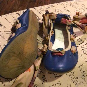 Kids Primigi Blue leather shoes.
